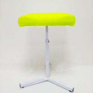 pedicure yellow